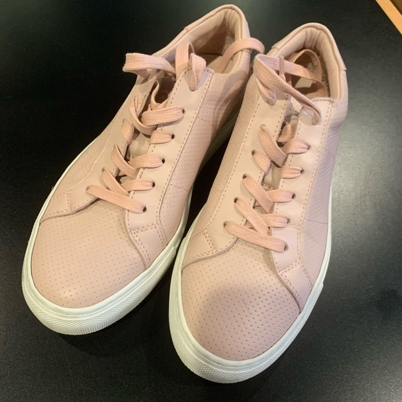 Royale Perforated Blush Sneaker
